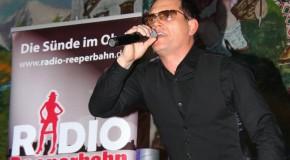 Robbie Williams in der Bayern Festhalle auf Hamburger Frühlingsdom
